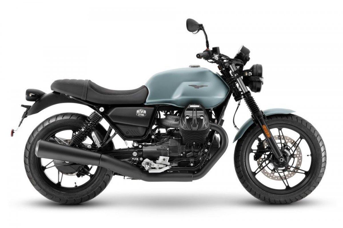 motoguzzi-v7stone-azzurroghiaccio-1000-005